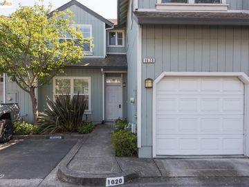 1620 Pinebrook Pl, Santa Rosa, CA, 95403 Townhouse. Photo 2 of 25