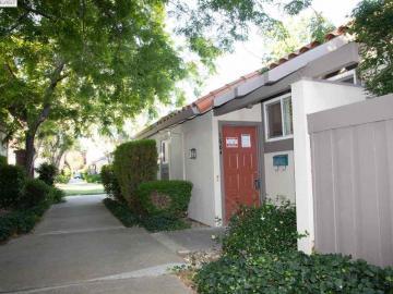 1664 Calle Santiago, Park Villas, CA