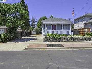1742 Chestnut St Livermore CA Home. Photo 2 of 10