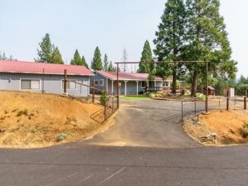 21071 Morgan Dr, Pine Mountain Lake, CA