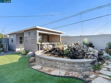215 Mansfield Dr, Serra Heights, CA