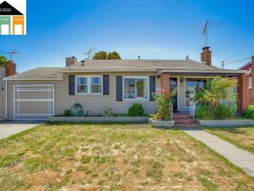 2253 Star Ave, Baywood, CA