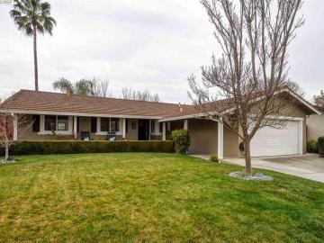 2320 Fairfield Ct, Pleasanton Vally, CA