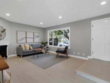 27 Saw Mill Ct, Mountain View, CA, 94043 Townhouse. Photo 5 of 18