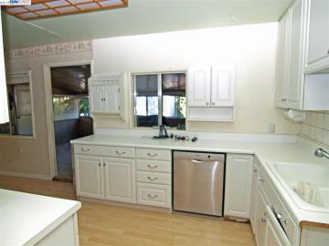 2751 Broadmoor Concord CA Home. Photo 4 of 10