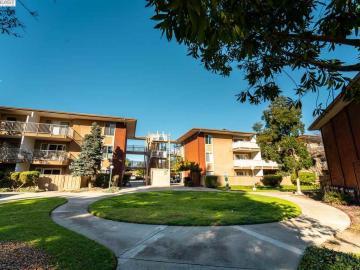 2755 Country Dr unit #143, Parkmont Gardens, CA