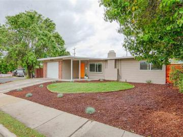 2805 Estates Dr, Manor Crest Vill, CA