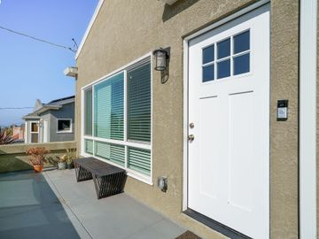 2927 Madera Ave Oakland CA Home. Photo 5 of 40