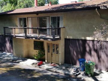 30 Oak Dr, Moraga Meadows, CA