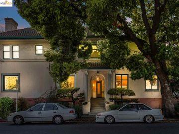 3050 College Ave unit #1, Elmwood, CA