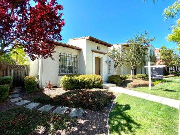 3081 Sweetviolet Dr, Gale Ranch, CA