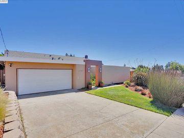 3381 Bridle Dr, Hayward Hills, CA