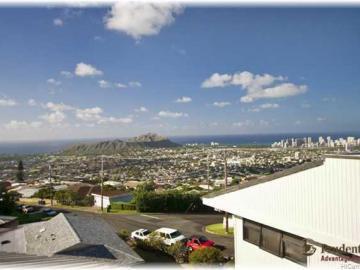 4009 Pakahi Pl Honolulu HI Home. Photo 1 of 10