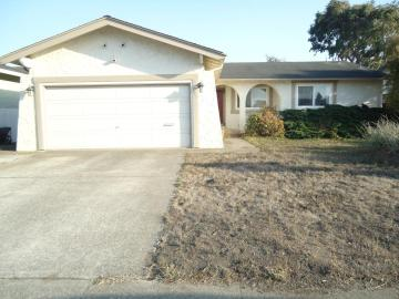 405 Kehoe Ave, Half Moon Bay, CA