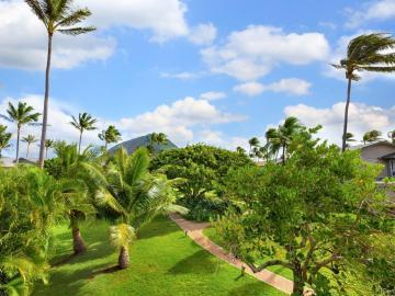 410 Koko Isle Cir #18/1805, Honolulu, HI, 96825 Townhouse. Photo 2 of 24
