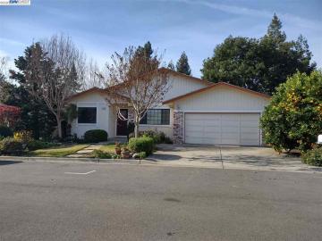 4217 Forest Glen Pl, Castro Valley, CA