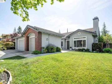 4372 Mansfield Dr, Bettencourt, CA
