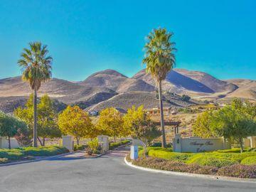 44030 Leslie Ln, Greenfield, CA