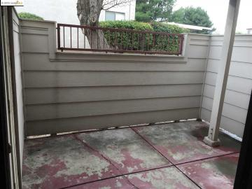 515 Lancaster Ln #136, Bay Point, CA, 94565 Townhouse. Photo 2 of 10
