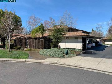 5467 Roundtree Pl ##A, Concord, CA, 94521 Townhouse. Photo 2 of 37