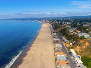 548 Beach Dr, Rio Del Mar, CA