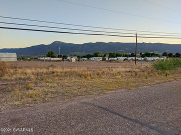 563 Howards Rd Camp Verde AZ Home. Photo 4 of 11