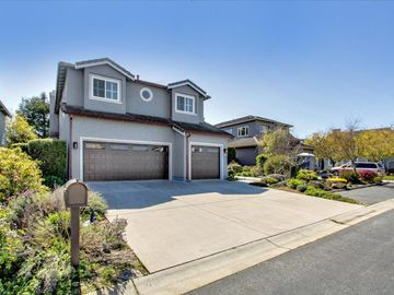 66 Merion Rd Half Moon Bay CA Home. Photo 4 of 29