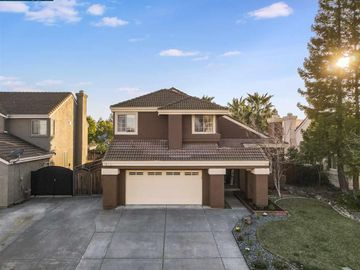 713 Derry Cir, Brown Valley, CA