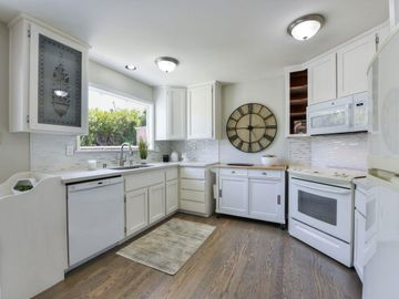 800 Larkspur Dr Millbrae CA Home. Photo 4 of 34