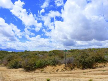 8080 W Putnam Rd, Residential & Mobile, AZ