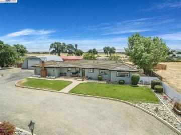 8686 W Canal Blvd, Country Property, CA